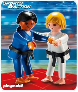 Dues judoques de Playmobil