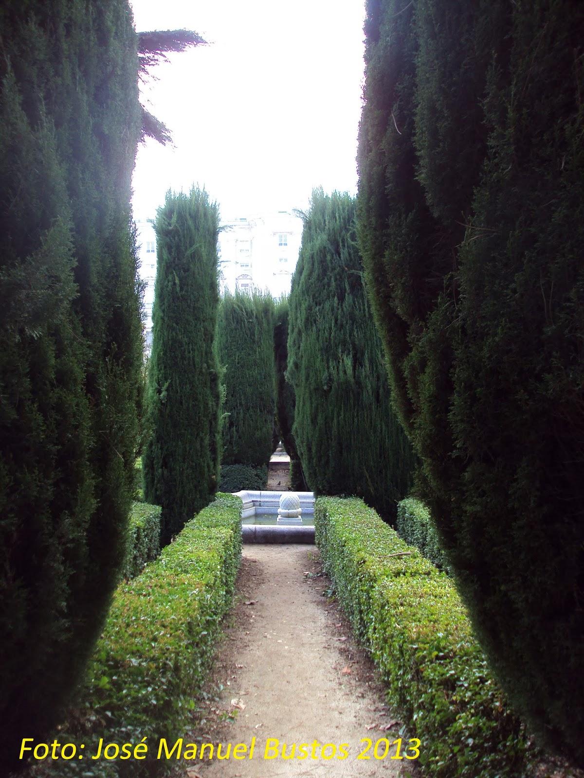 Miradas de madrid jardines de sabatini for Jardines sabatini conciertos