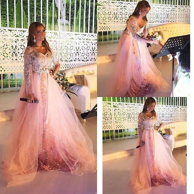 بالصور..دنيا باطما تجلب الانظار بفستان تقليدي في احد الأعراس الإماراتية بدبي