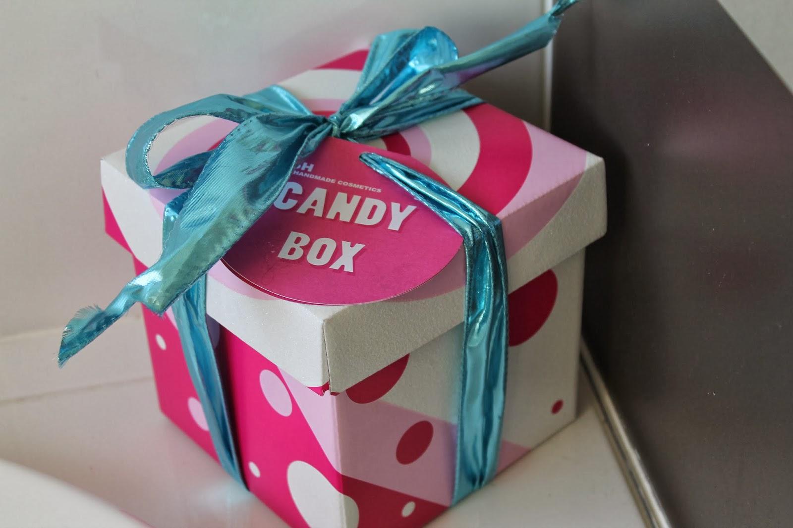 Xobeautyheartxo review lush christmas candy box