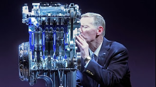 Nowy zmniejszony 3 cylindrowy silnik Forda