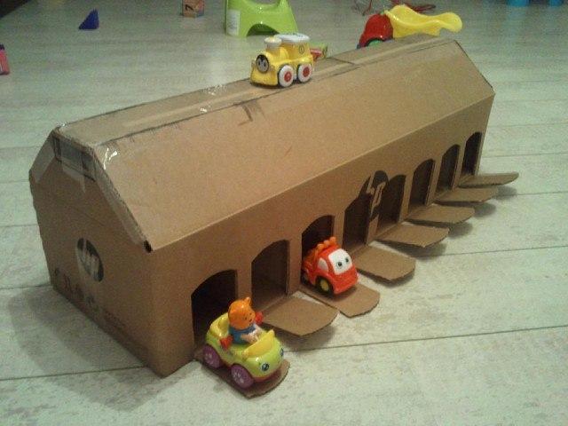 Как сделать ребенку гараж для машинок своими руками 83