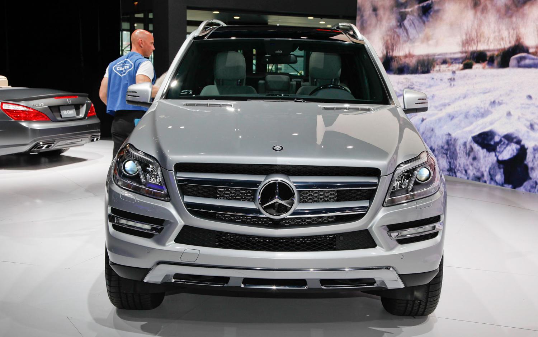 http://1.bp.blogspot.com/-iYcLGuwNRXI/URumWSvgOyI/AAAAAAAAAVw/X3-9a_Mw6kM/s1600/2013+Mercedes-Benz+GL-Class+hd+wallpapers+(2).jpg
