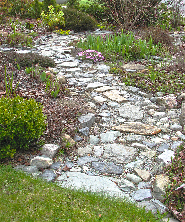 My garden the front garden - Pictures of stone pathways ...