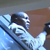 Dramaticas imágenes durante un tiroteo en un centro comercial de Nairobi, Kenia