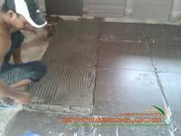 http://www.mytukang.com/2014/08/renovation-pemasangan-tiles-villa.html