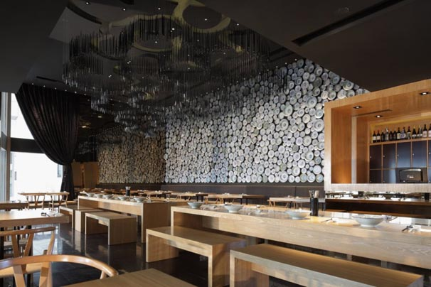 Modern Restaurant Interior Minimalist Design With Wall Decoration