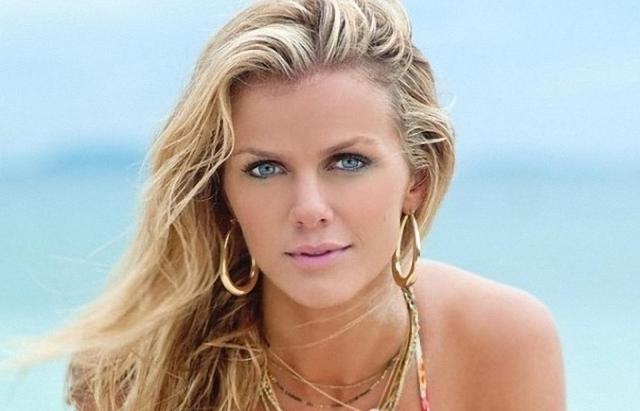 Model Victoria Secret Paling Hot - Brooklyn Decker