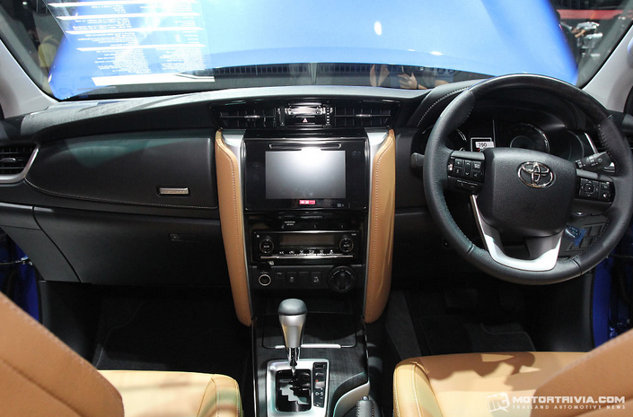 Stir dan Dashboard All New Fortuner 2015
