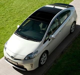 2012 Toyota Prius white roof