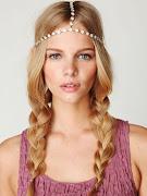 Elegantes Peinados para Damas de Honor 2013 peinado sencillo pero elegante