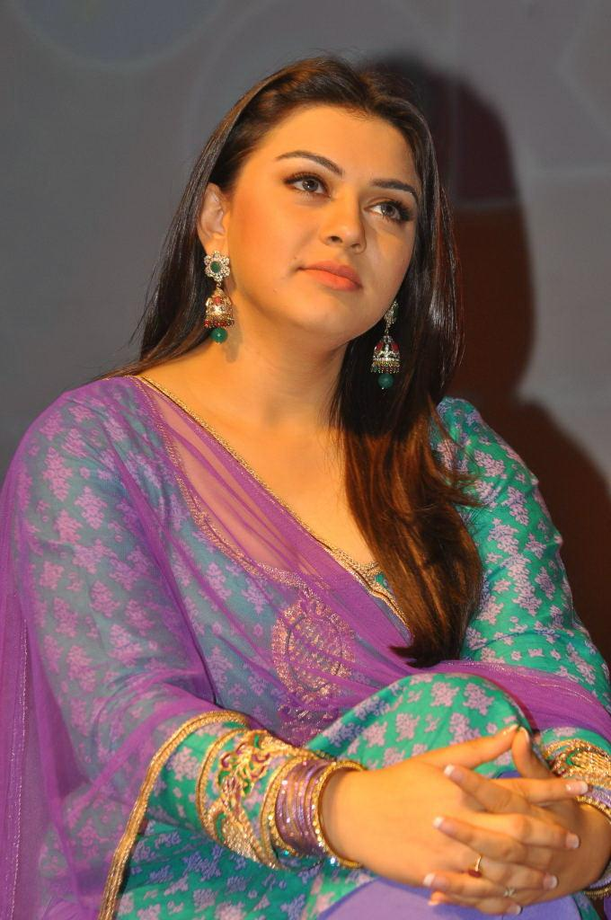 Actress Hansika Motwani Hot And Sexy Images In The Blue Chudithar Showing Her CLeavage While Her Thighs Touching Her Boobs