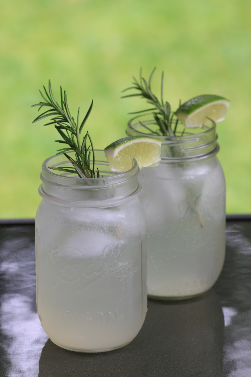 ... and the Feast:: Thirsty Thursday: Sparkling Rosemary Lime Cocktail