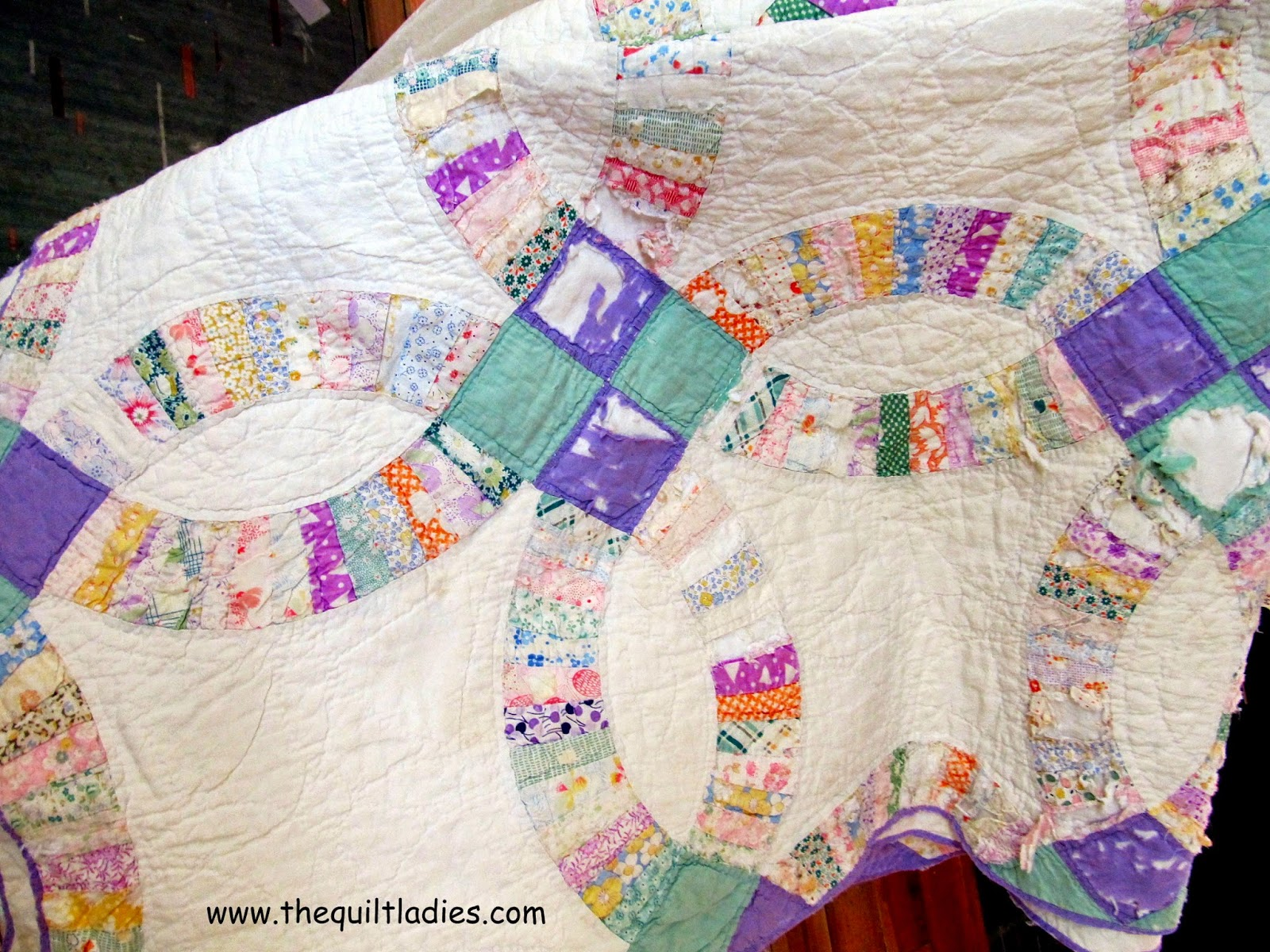 old wedding ring quilt