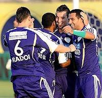 أهداف مباراة العين وعجمان 4-0 + التتويج بلقب دوري الاتصالات للمحترفين 26-5-2012