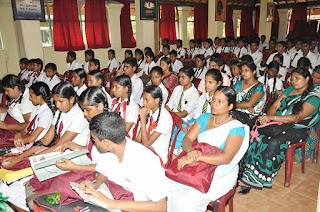 Students of the schools in the Biyagama Education Division who participated at the EnvironmentDay Debate Competition
