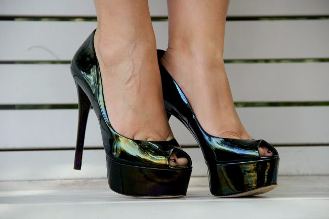 Brian Atwood Green Peep-Toe Pumps