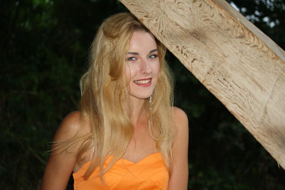 http://www.ivanavanderveen.com