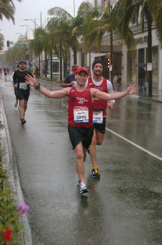 LA Marathon wet Rodeo Drive 2011