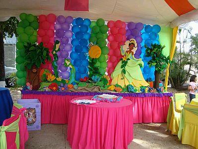 Fiestas infantiles decoracion la princesa y - Decoracion cumpleanos princesas ...