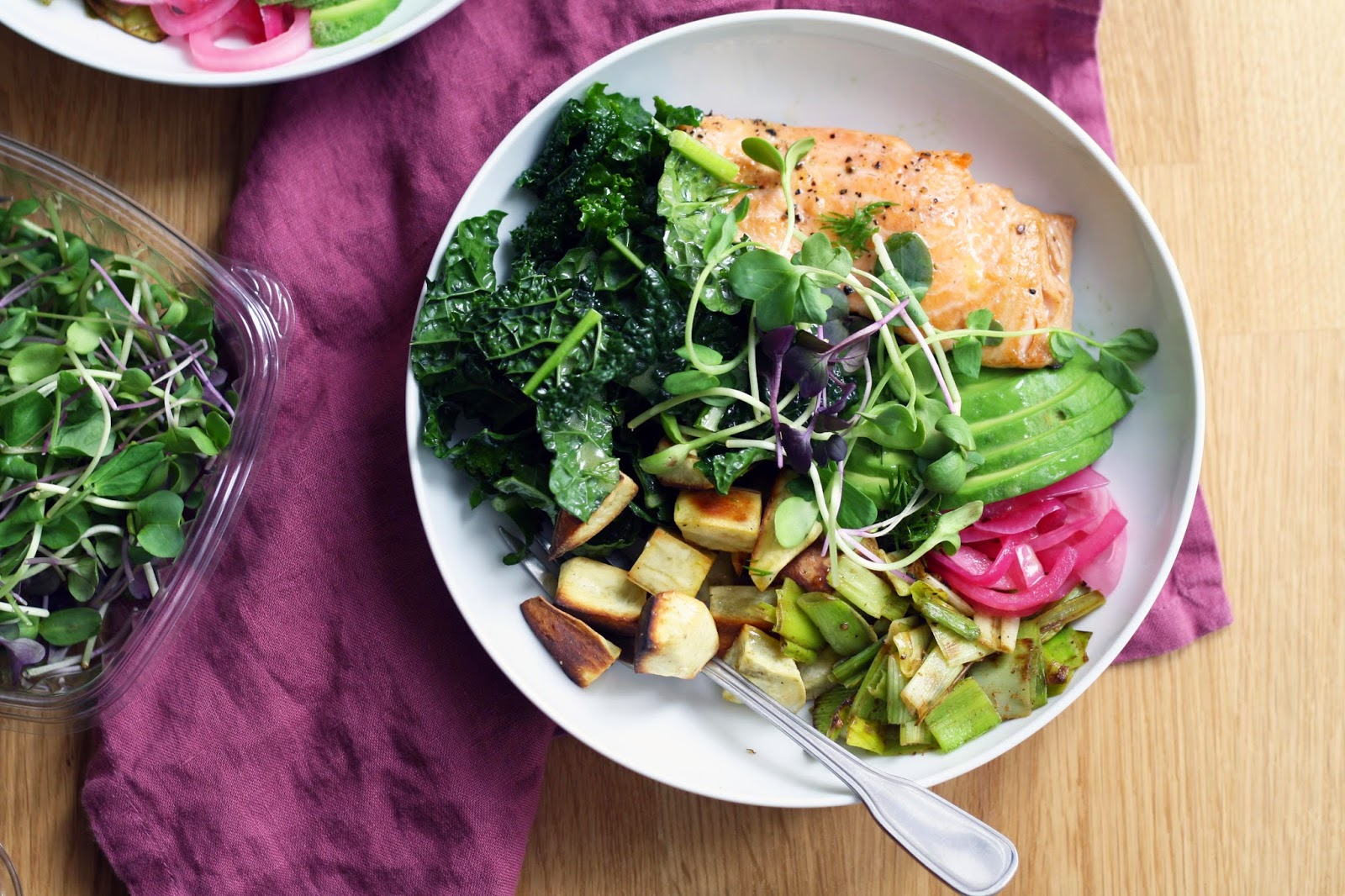 Salmon Bowls with Pickled Red Onions, Roasted Sweet Potatoes and Sautéed Leeks | Sevengrams
