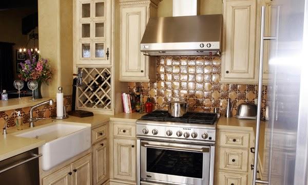 Design Interior dapur Rumah klasik terbaru