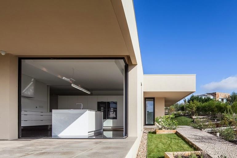 casa belas dise o minimalista est dio urbano arquitectos