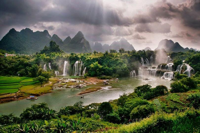 Ban Gioc – Detian Falls Hanoi  (Vietnam)