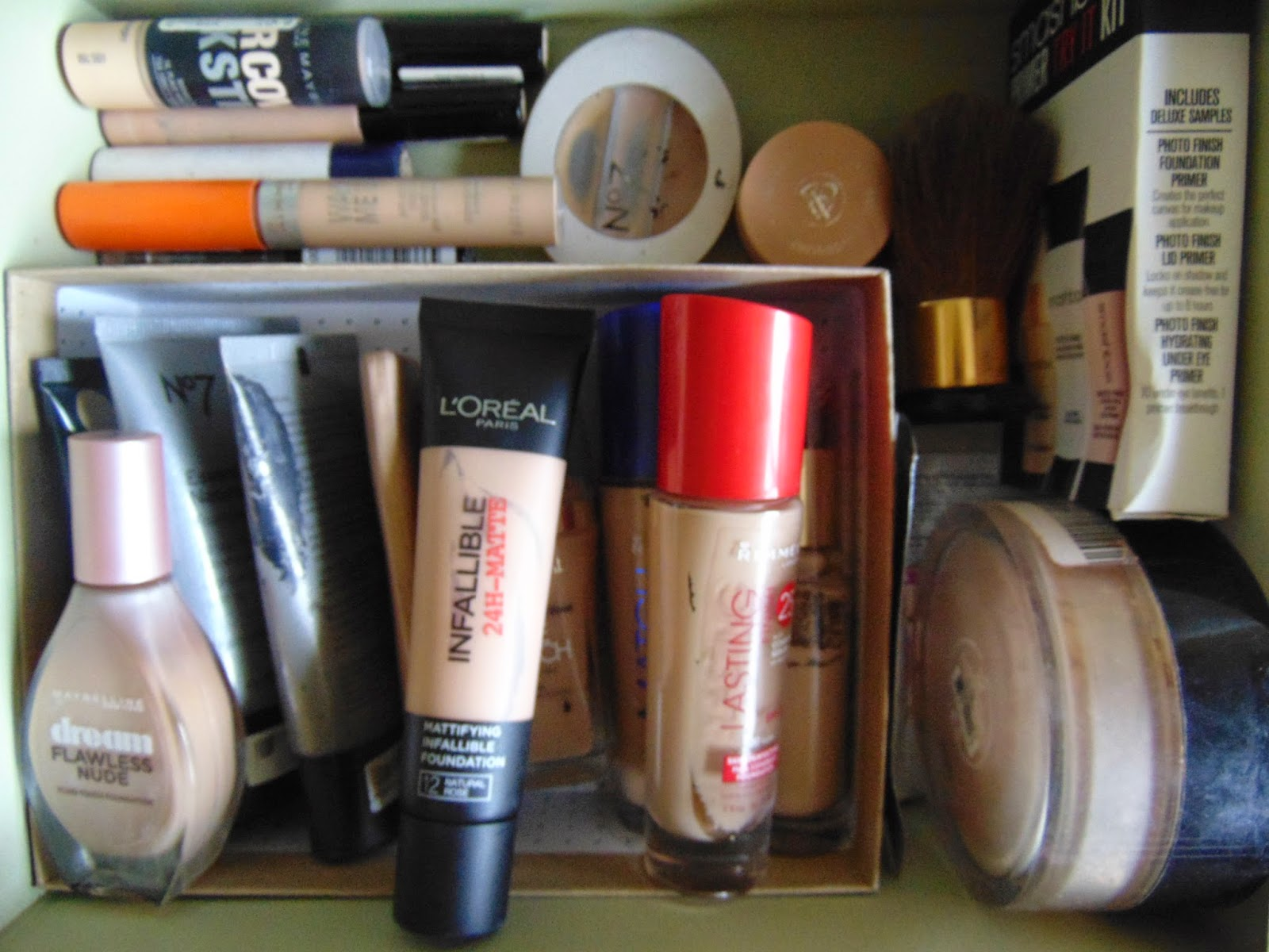 Tip of the week : How i reuse my birch boxes smashbox photo finish infallible 24h matte rimmel wake me up