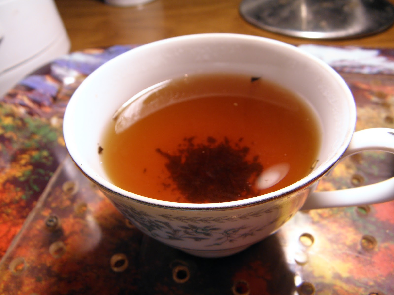 Bojenmi herbal tea - Dosent Smell Offensive Like Most Medicinal Teas Tastes Like A Roasted Tea And A Black With A Small Hint Of Smoke And Wet Cloth Slight Bitterness On The