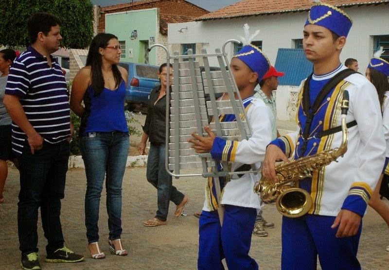 Desfile Cívico de Ouro Velho marca comemoração do 7 de Setembro
