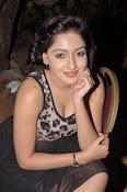 Anjana Deshpande glam pics-thumbnail-4