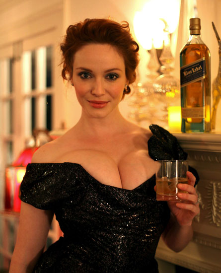 http://1.bp.blogspot.com/-iahJDoj0oBA/Tuil6XyavpI/AAAAAAAAC3Y/XKE3KnkyUgY/s1600/christina_hendricks_boobs_johnny_walker_1.jpg