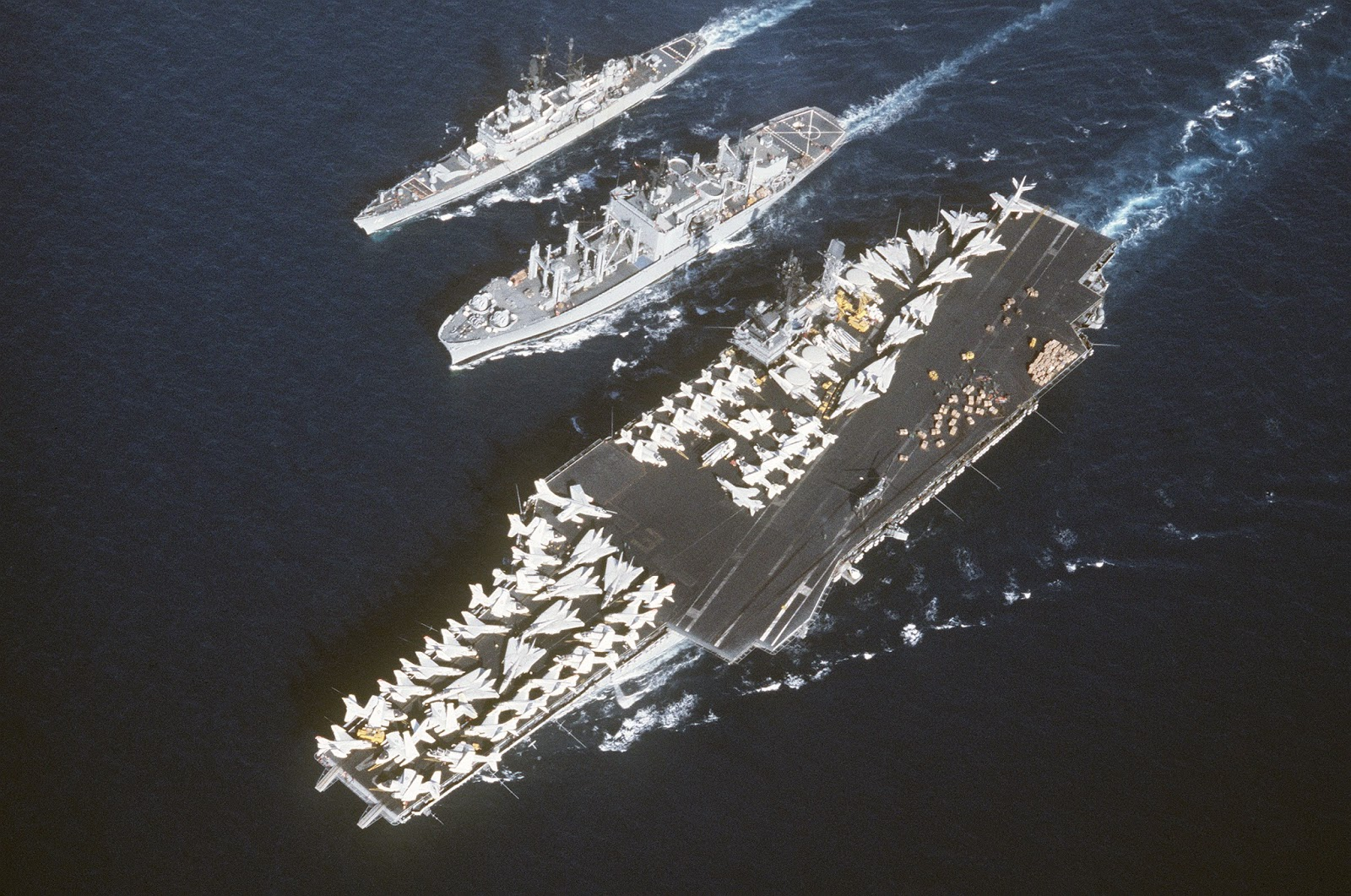 aa  aircraft carriers anonymous   32  uss constellation