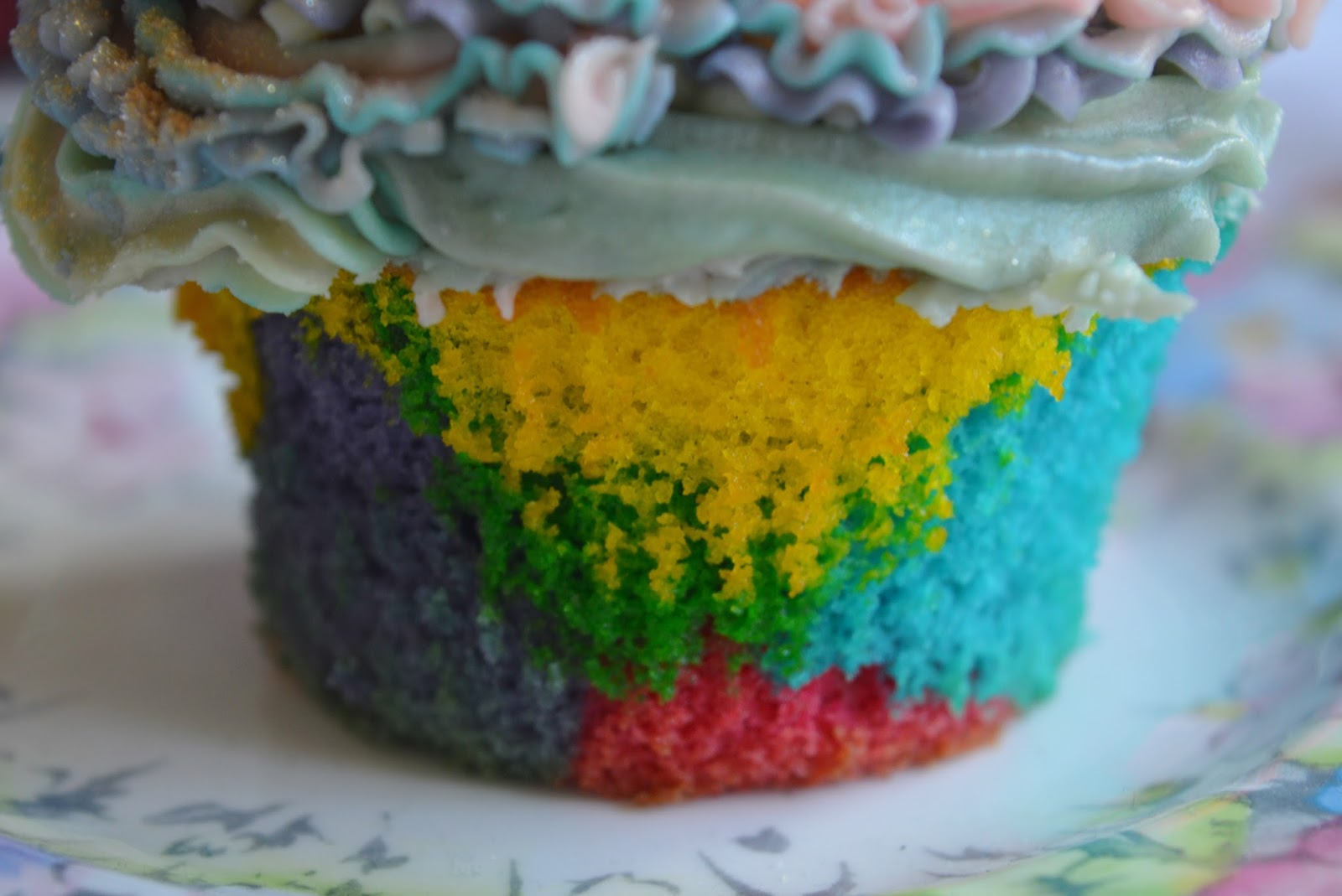 Zen colouring tesco - They Re Called Unicorn Mermaid Cupcakes Because Half The Swirls Came Out Light And Pretty Like Unicorns And The Others Came Out In A Mixture Of Colours