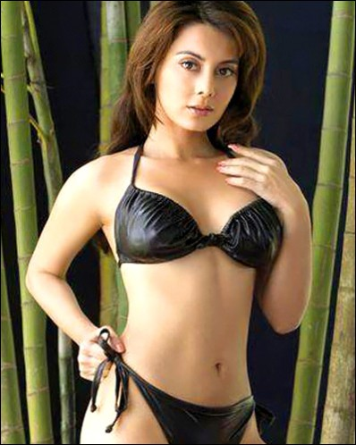 Bikini pics of manisha lamba phrase and