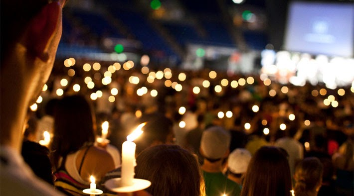 All Around The World At 7 00 P M Local Time Candles Will Be Lit For Children Who Have D In What Is Believed To Largest Candle Lighting
