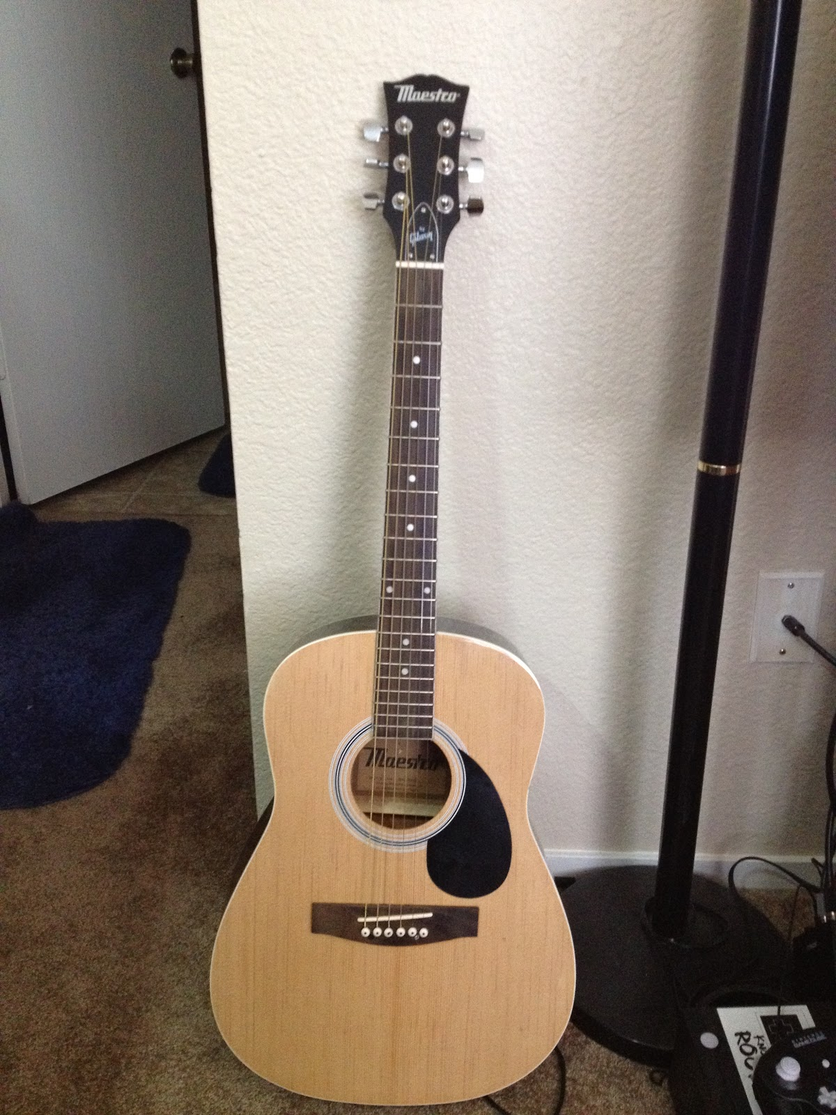 http://1.bp.blogspot.com/-ibWR3UExVyI/UAmxoGToiRI/AAAAAAAAADY/-W33xyChku0/s1600/guitar.JPG