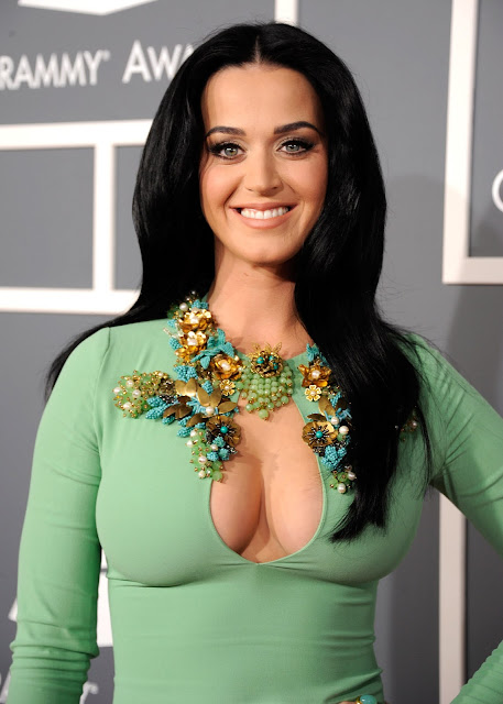 Katy Perry Epic Cleavage in a Very Tight Dress at the Grammy Awards in LA