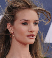 Rosie Huntington Whiteley MTV Movie Awards at Universal Studios Gibson Amphitheatre