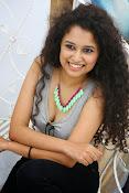 Soumya Sukumar latest hot gallery-thumbnail-11