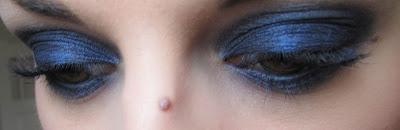 http://chroniquedunemakeupaddict.blogspot.com/2012/04/make-up-du-jour-avec-la-nouvelle.html