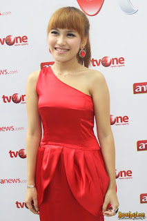 photo ayu ting ting