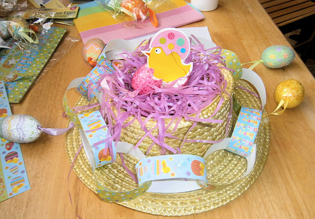 easy hat decorating for children to make themselves