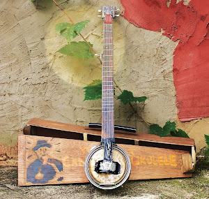 rosbilt 5-string Tenor TinCan Banjo with built-in pick-up and custom wood case: $279+