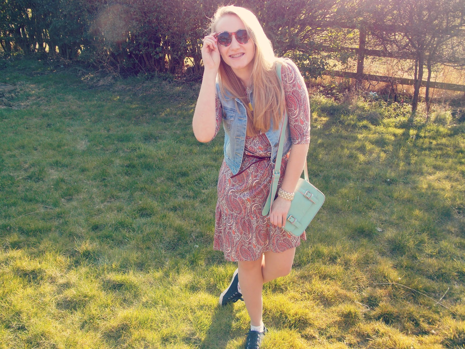 Blondies Style Fix, UK Fashion Blogger Paisley Dress, Satchel, Denim Jacket, Sun Glasses