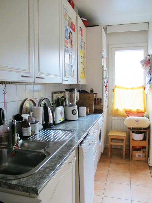 PUNAVUORI GOURMET Pieni keittiö ja uusi blenderi