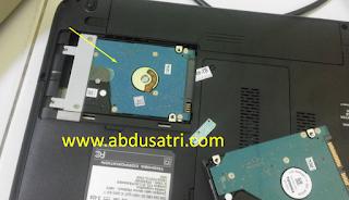 cara pasang hardisk baru laptop toshiba satellite