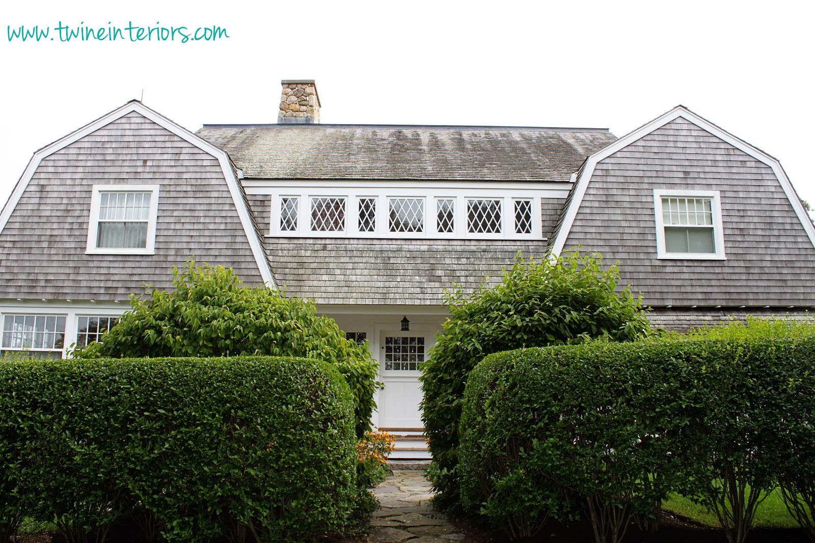 Twine the cottages of martha 39 s vineyard for Cape cod cabin