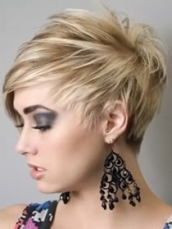 Short Layered Hairstyles for Fat Round Faces